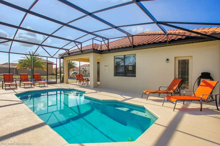 Near Disney - 4BR Home - Private Pool and BBQ!