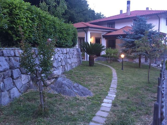 Agriturismo La Valle degli Ulivi appartamento 1 - Trecchina - Leilighet