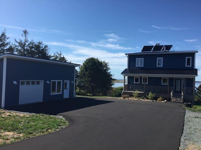 Nova Scotia - Eastern Shore - Luxury beach house