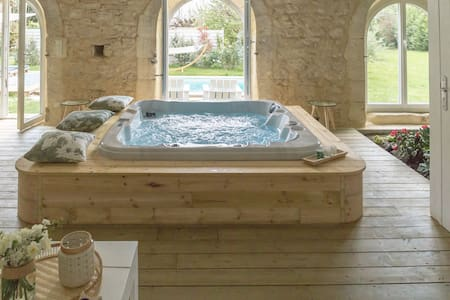 5 Star Luxury house, Private Spa-Pool, St-Emilion