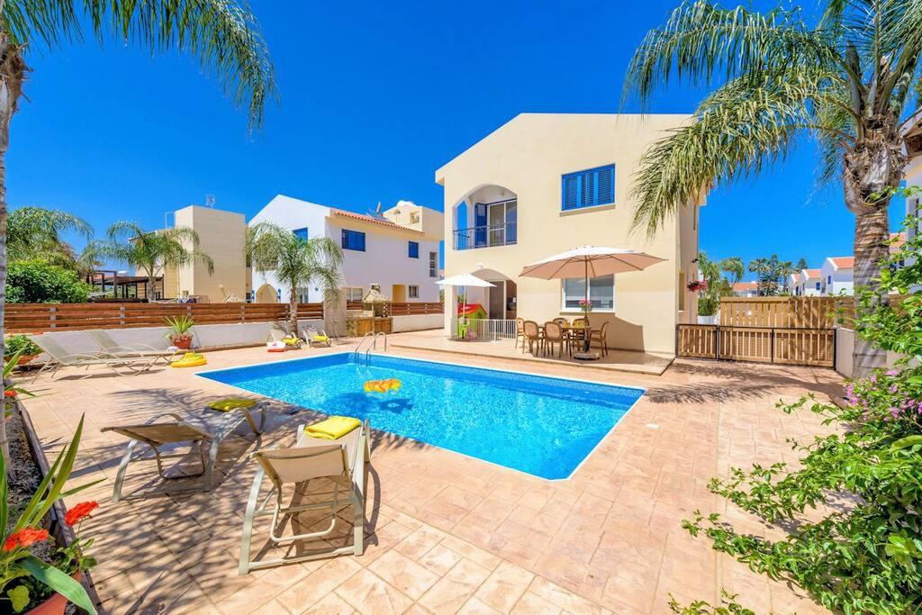 Villa Anastasia pool