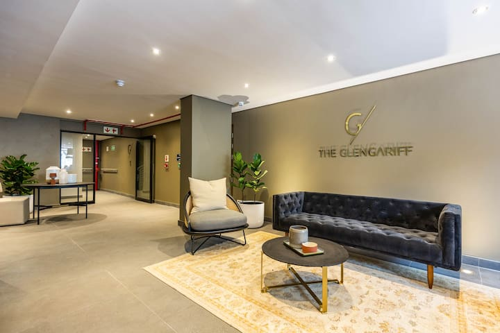 Glengariff Luxury Suites | Luxury One Bedroom