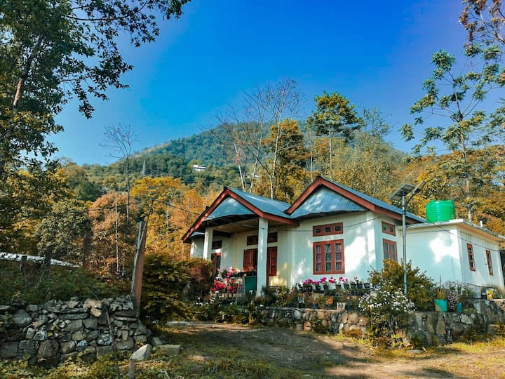 Hillfoot camp&homestay Jakhama village