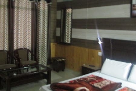 |Great View| 3BHK in peaceful & serene location - Chail
