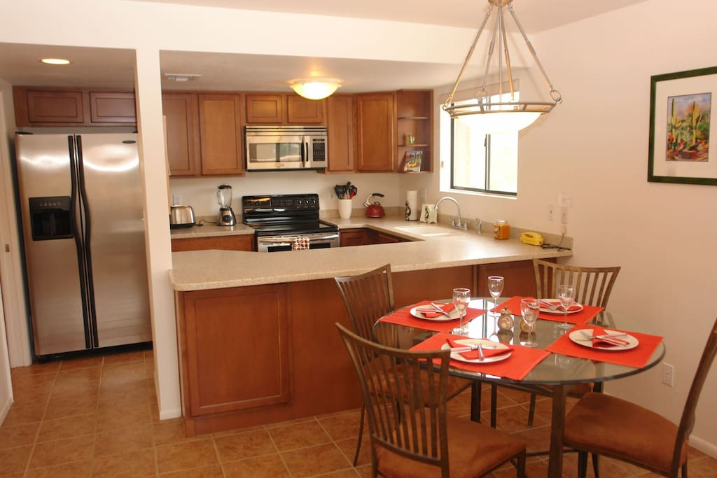 Dinning area/Kitchen