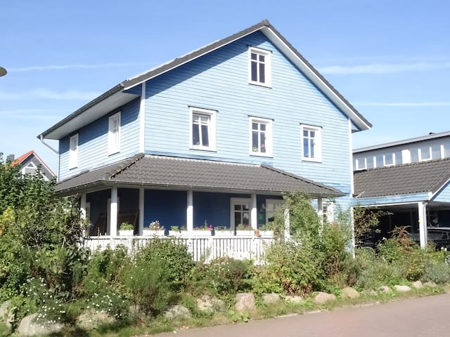 Schönes Holzhaus  im Nov./Dez./Jan. zu vermieten - Altenholz - Huis