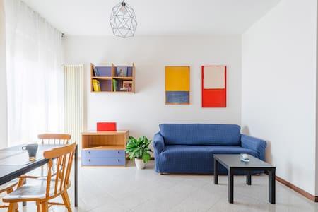 Happy Days apartment