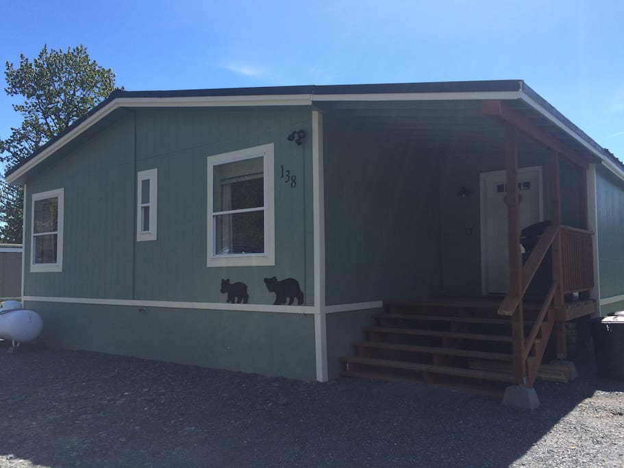 Klondike Cottage--your home away from home!