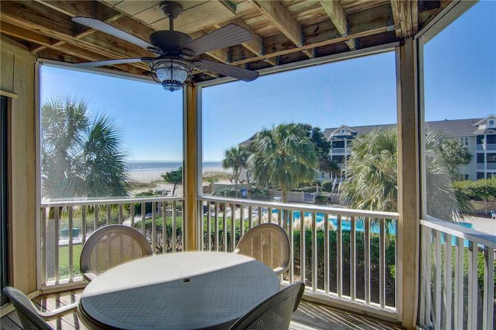 Enjoy A Private Porch With Amazing Ocean Views!