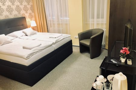 A5: Double room in a quiet part of Bratislava