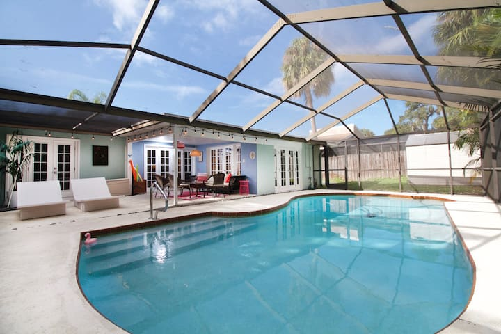 Safety Harbor Getaway Villa with pool