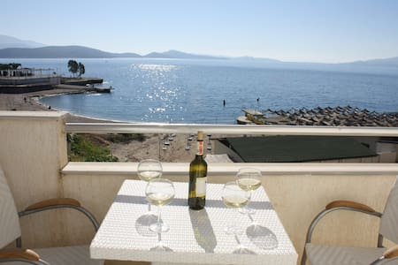 Luxury Apartment by the Sea -100 - Sarandë - Apartament