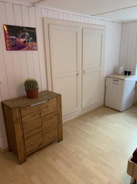 Schönes Ferienzimmer in der Easy Room Unterkunft
