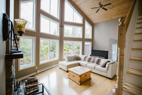 Chalet in the Mountain: 2 acres