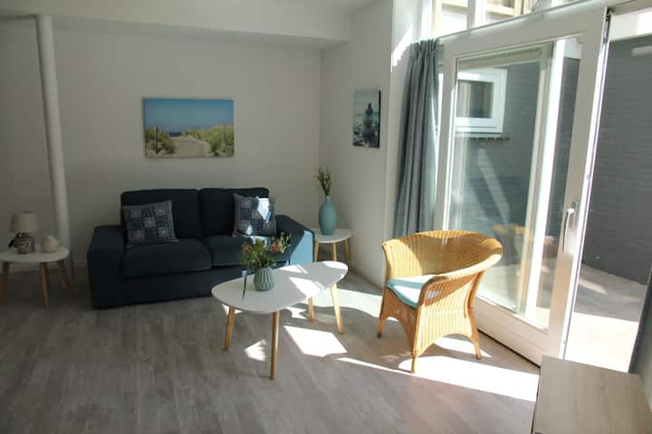 Stunning apartment in Schoorl, North Holland—you can bike to the beach