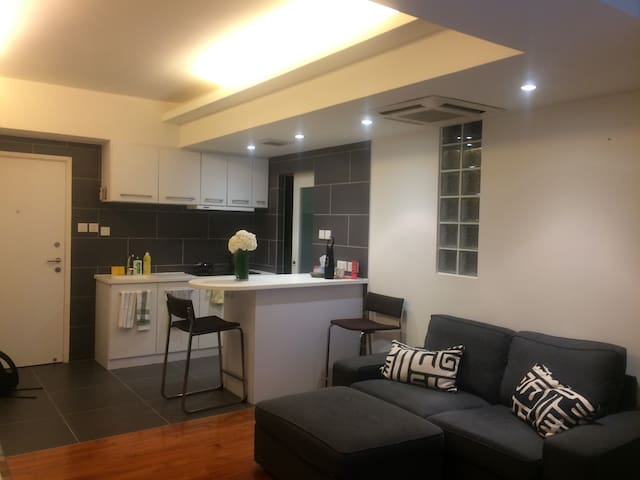 ★ Large 1BR in the Centre of Hong Kong ★ - Гонконг - Квартира