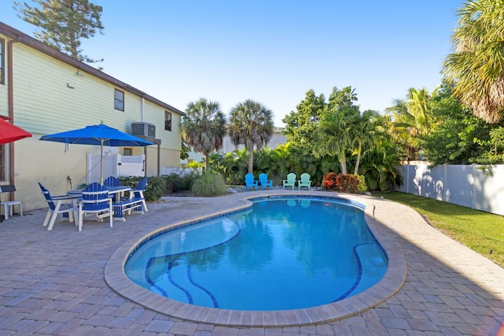 Newly renovated home w/ private heated pool and streaming services.