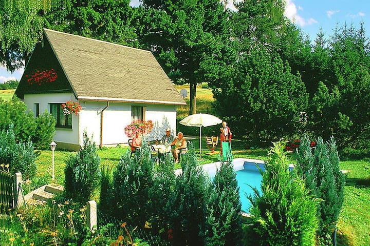 Lovely Holiday Home in Altenfeld with Private Pool