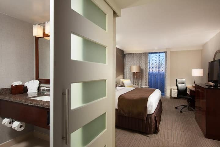 Astonishing Room One Bed At Charlotte Area
