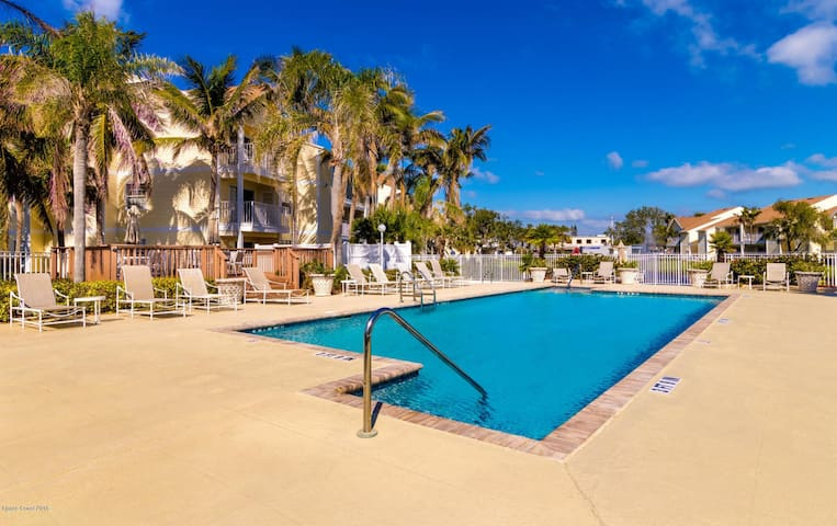 Pool Access with FOB.  Pool Area Open Dawn to Dusk. No Parties Food/Glass Allowed.