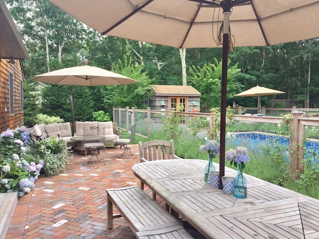 Family and Pet Friendly Beachy Ranch, Heated Pool