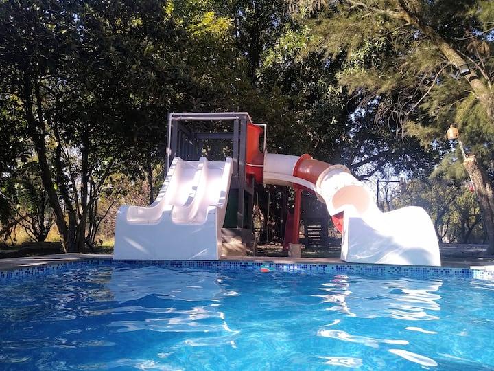 Casa de Campo con Alberca y Juegos en Zapotlanejo