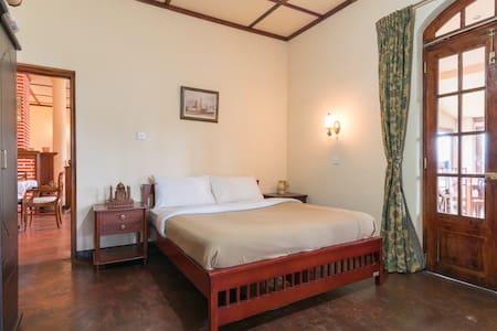 Somerset Lodge - Nuwara Eliya