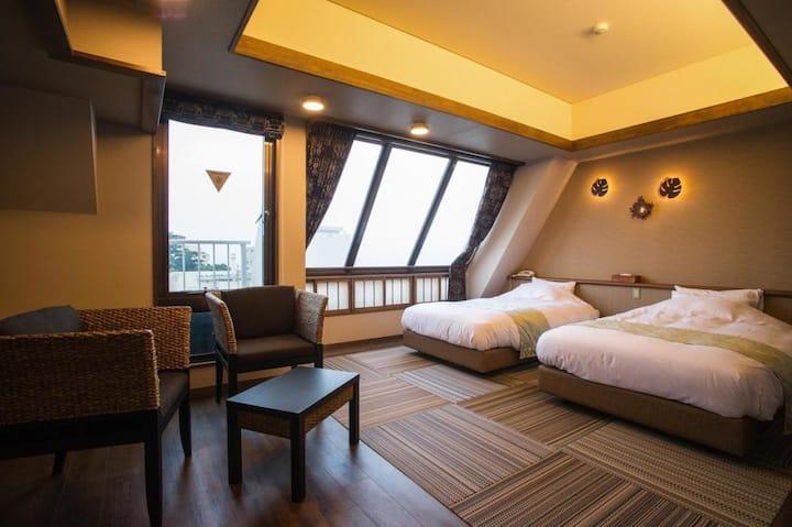 Luxury Hot Spring Ryokan Hotel in Izu, Breakfast and Dinner Included