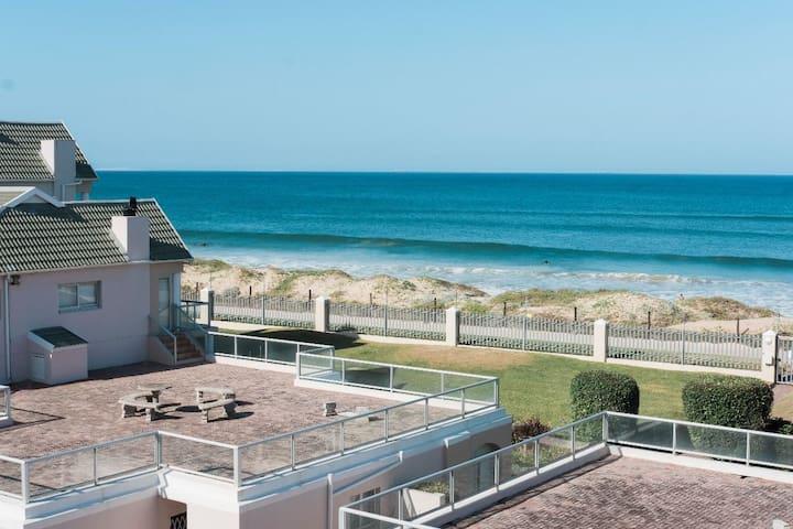 ** Luxury Apartment, on the beachfront**