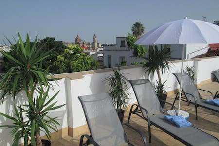 Charming private 2 person app. & stunning views - Apartamento