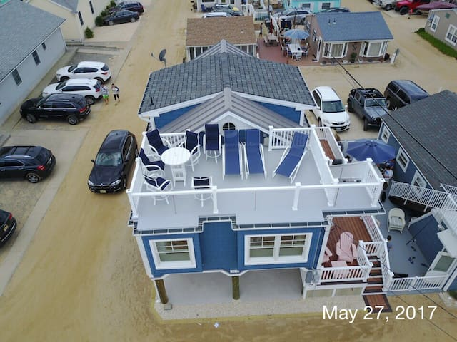Beautiful home in Ocean Beach 3