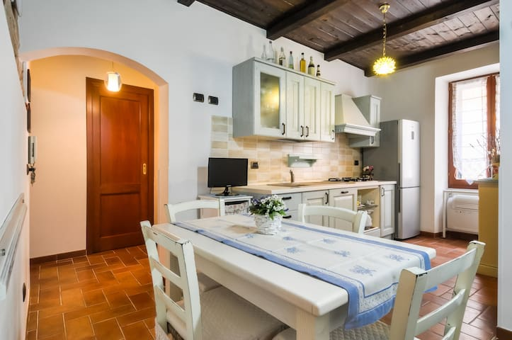 Wonderful apartment in OLD TOWN with free wi-fi - Alghero - Apartemen