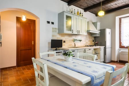 Wonderful apartment in OLD TOWN with free wi-fi - Alghero - Lakás