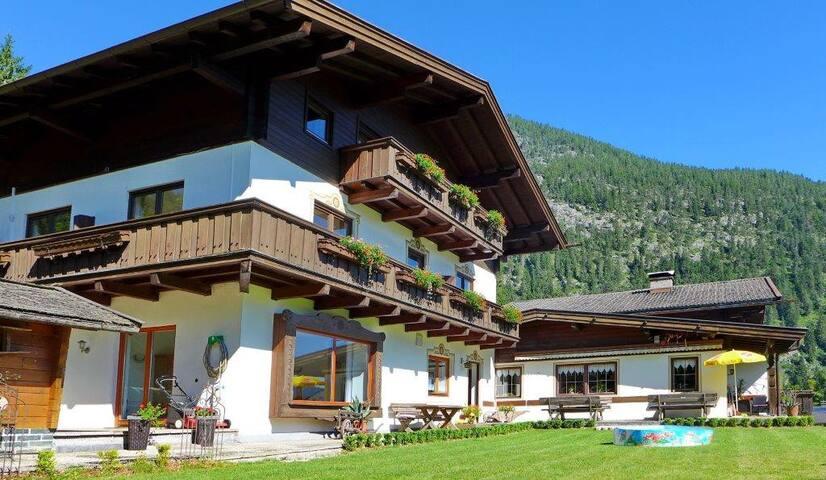 Haus Panoramablick in Lofer - Apartment