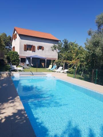 Agréable maison avec piscine - Ponte Da Barca