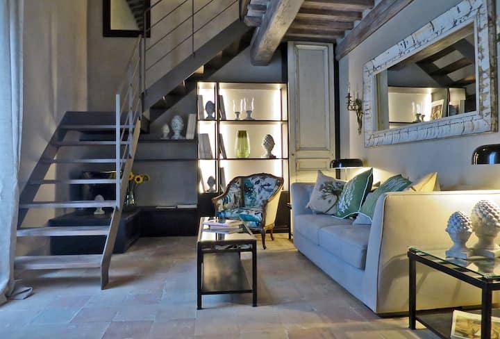 Stylish apartment in historic center of Cortona