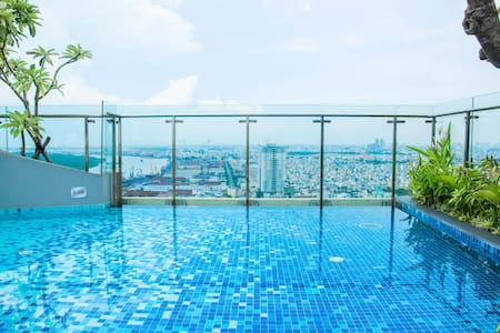 ★3BR Infinity Edge Pool 6th Floor -Centre location - Hồ Chí Minh