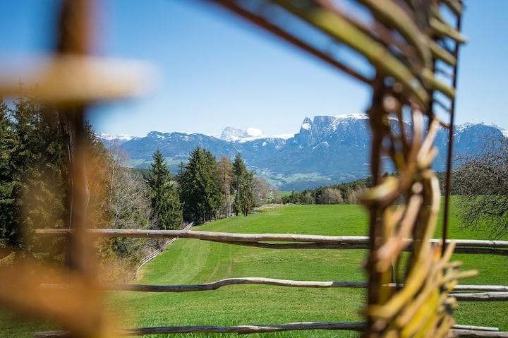 Bauernhof am Ritten bei Bozen in Südtirol