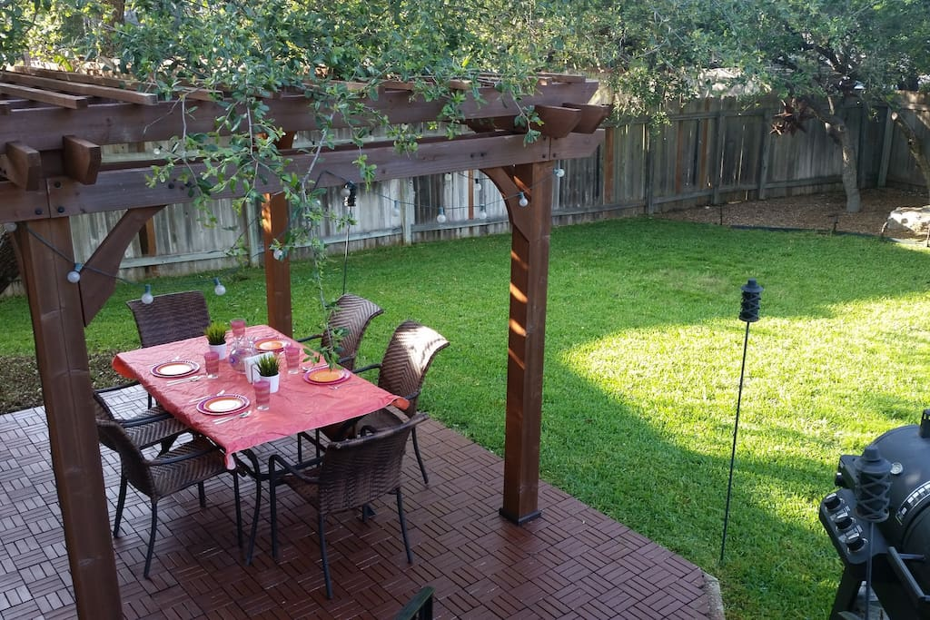 Outdoor terrace  with gas/charcoal grill