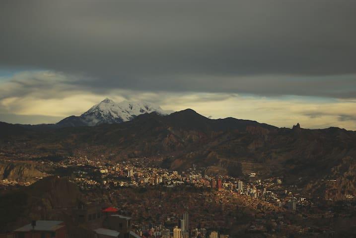 Hermoso depto en Sopocachi con vista al Illimani