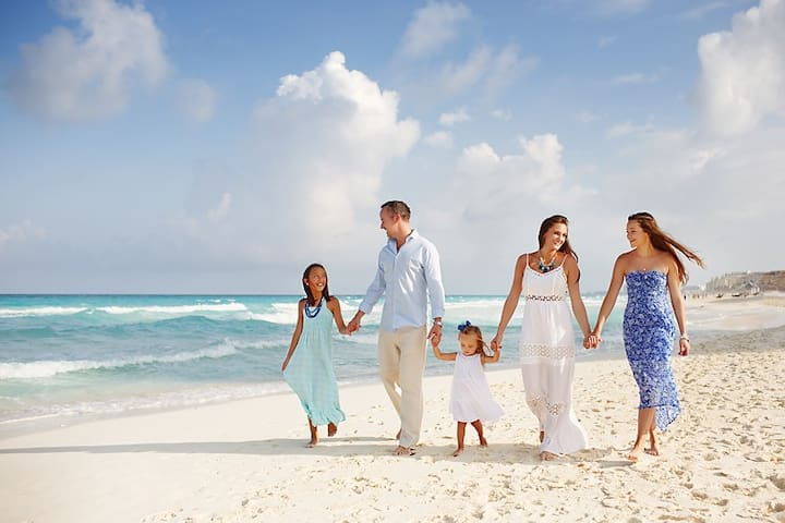 Give Yourself and Your Family  The Best Memorable Beach  Family Vacation On The Gold Coast