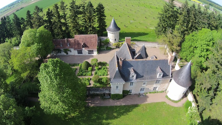 Beautiful self-contained East Tower of a château