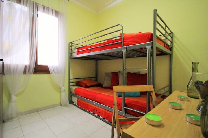 Sleeper in shared room for 2persons