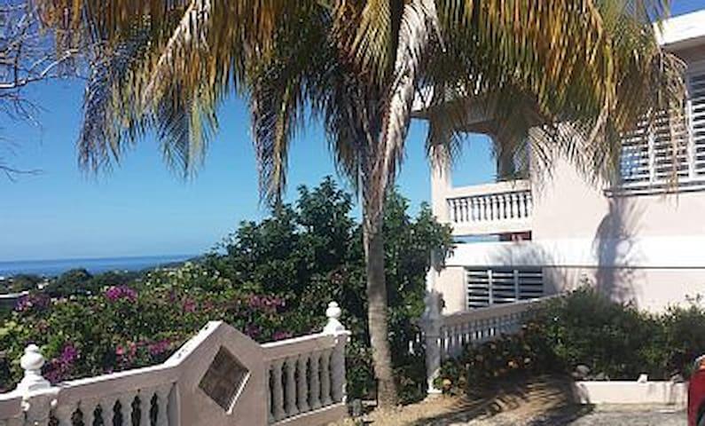 Mountaintop Villa with Spectacular Views