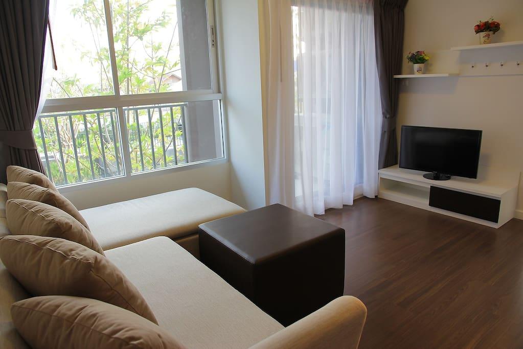 Pool view (60 Sq.m.) 2 bedroom / 2 toilets / 1 living room