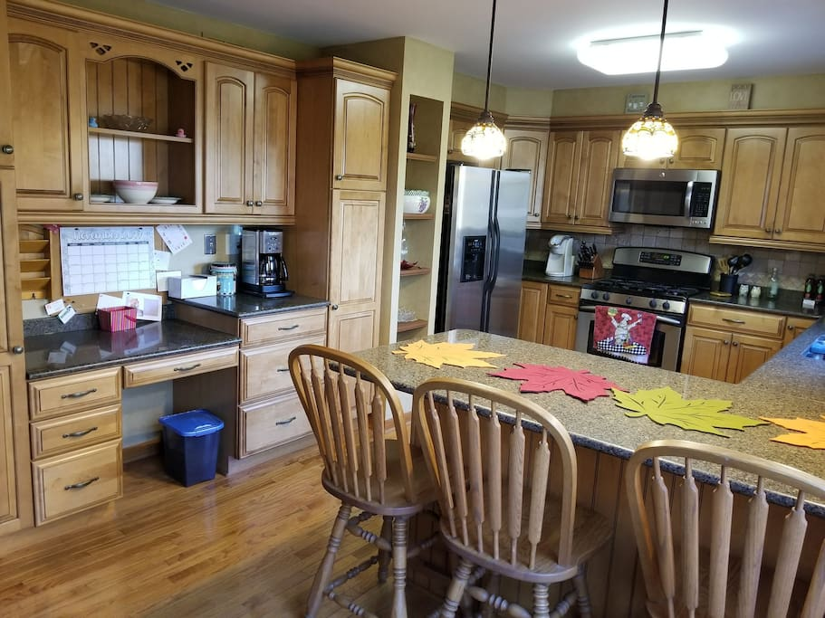 Beautiful, spacious kitchen with room to cook for a mini army. Large kitchen to cook in (bring your favorite Kerig cup!). Common areas, shared space.
