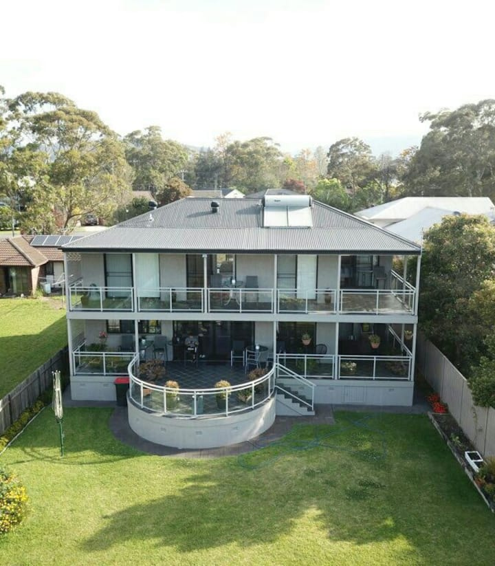 DOUBLE STOREY , NORTH FACING HOUSE ON THE BAY