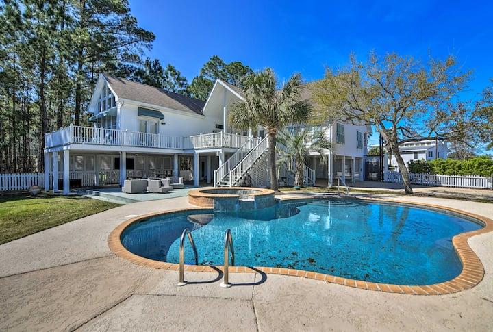 Spacious Pass Christian Home w/Pool & Fishing Dock