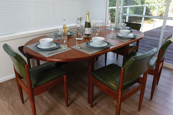 The table can comfortably seat six for a family dinner inside.