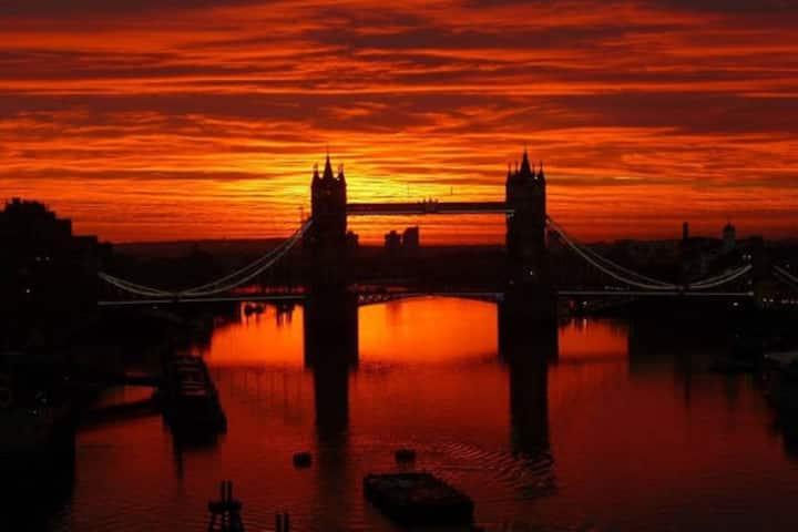 LONDON BRIGHT STUDIO WI FI 8 MINUTES TUBE